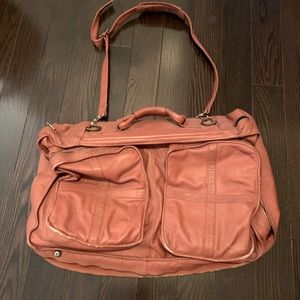 Vintage leather bag in great condition.